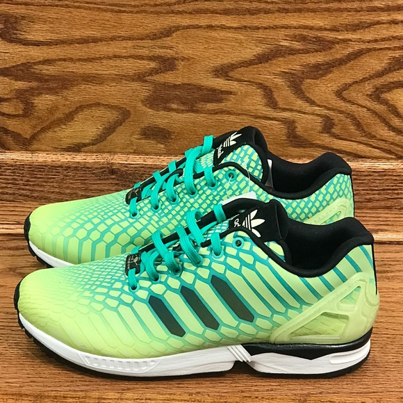 3d2f2eb1236f4 🎁Adidas ZX Flux Xeno Torsion Green White Shoes